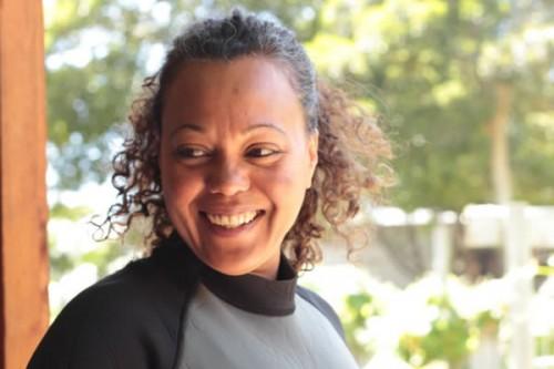 Dr Anya Salih